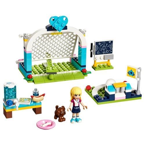Lego Friends Stephanie nin Futbol Saldırısı 41330